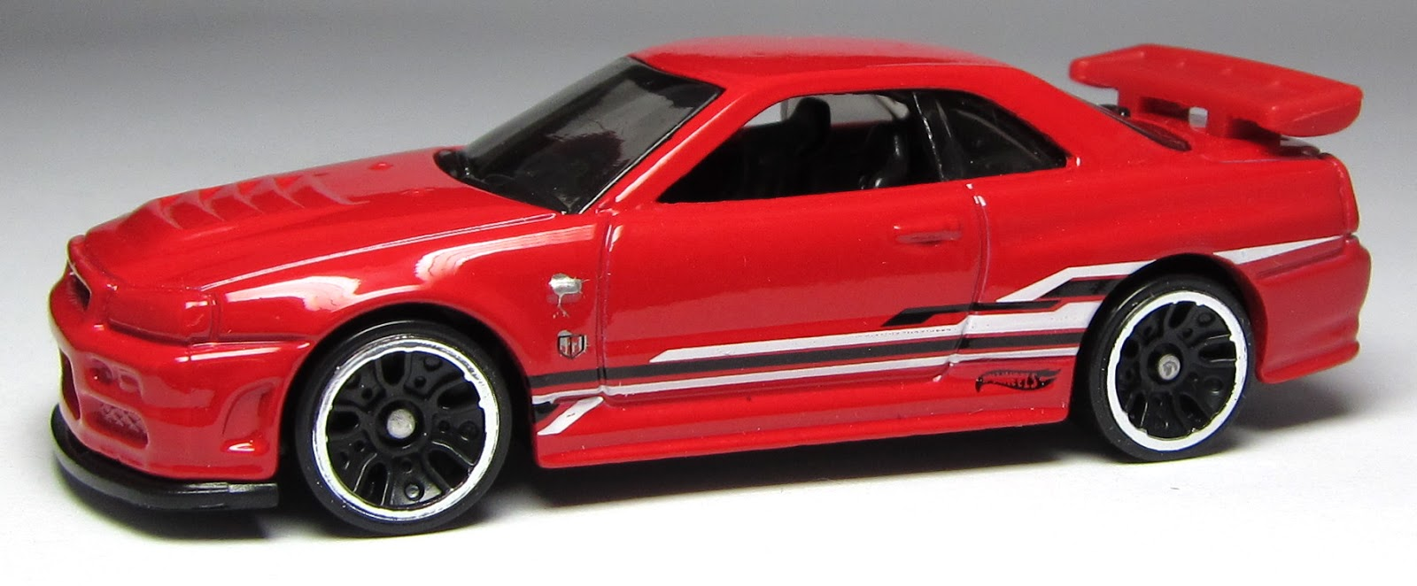 First Look Hot Wheels Nissan Skyline Gt R R34 Thelamleygroup