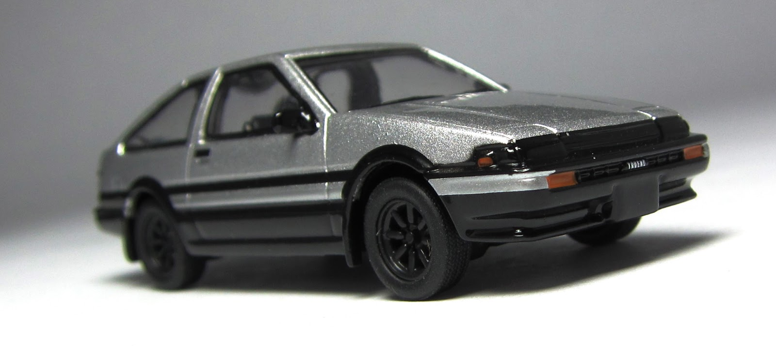 model of the day kyosho toyota sprinter trueno ae86. Black Bedroom Furniture Sets. Home Design Ideas