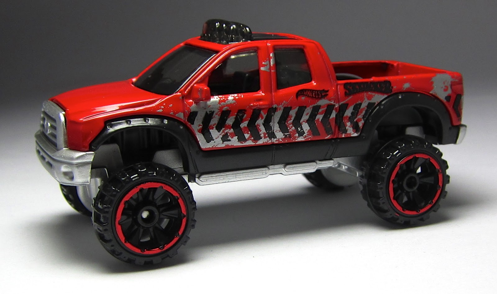 First Look: A Pair of Hot Wheels Toyota Trucks ...