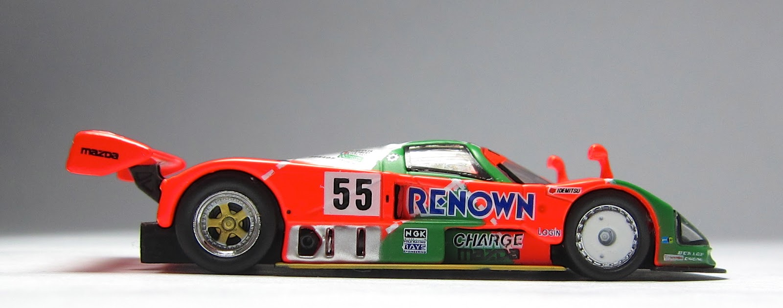 model of the day kyosho mazda 787b 1991 winner 24 hours of le mans the lamley group. Black Bedroom Furniture Sets. Home Design Ideas