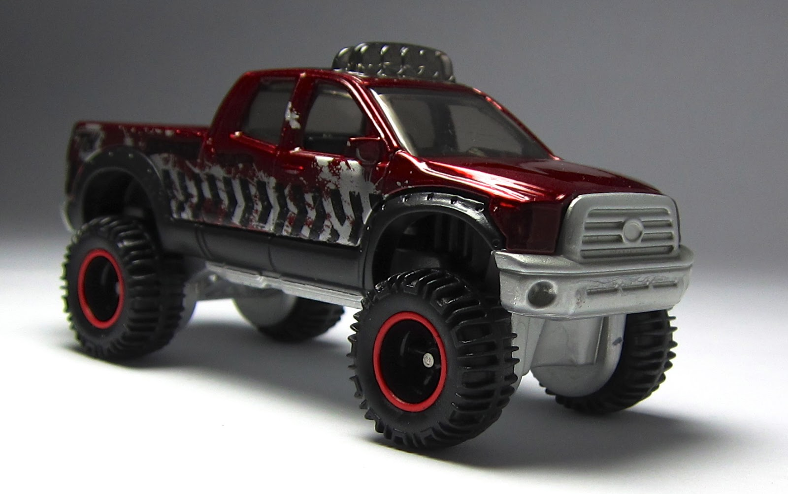 First Look Hot Wheels Toyota Tundra Super Treasure Hunt The