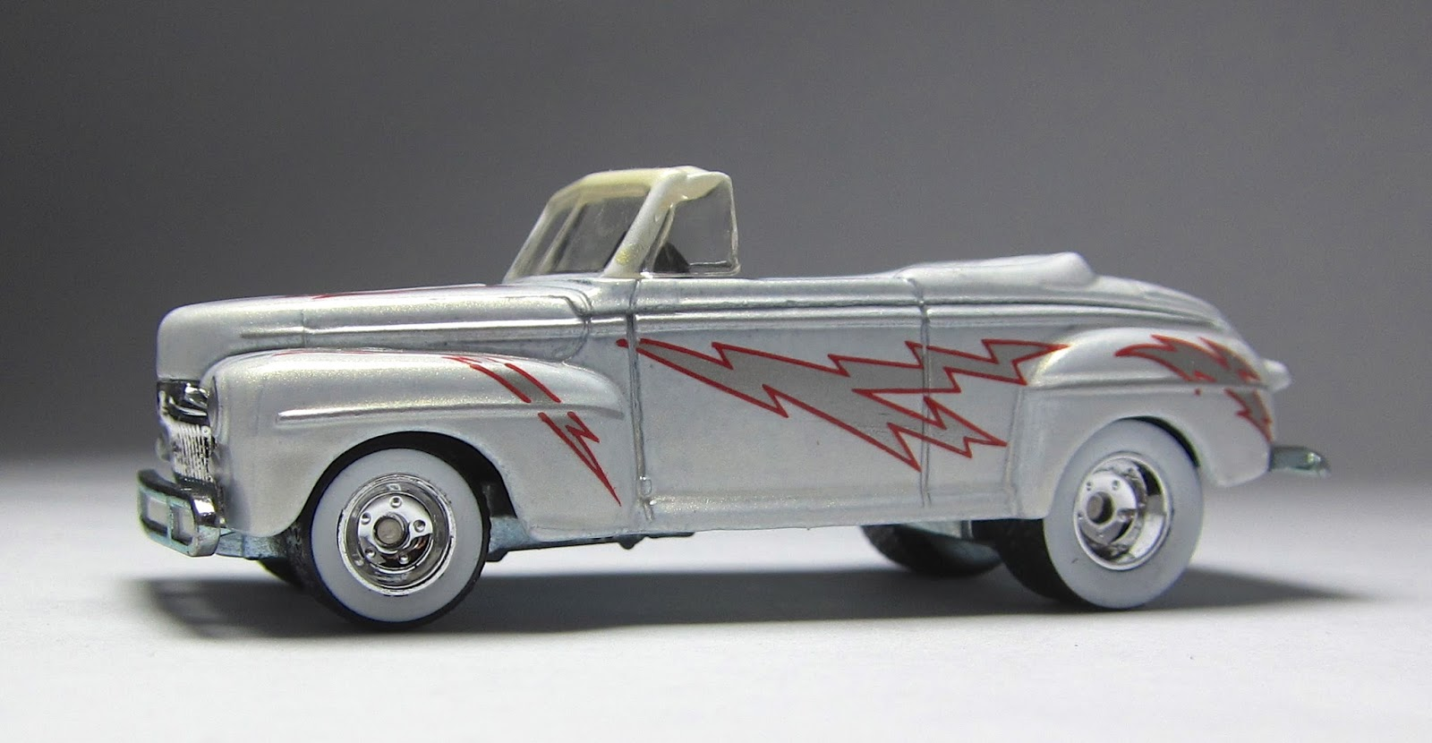 Filme Do Hot Wheels pertaining to first look: hot wheels retro entertainment '48 ford & '58 impala