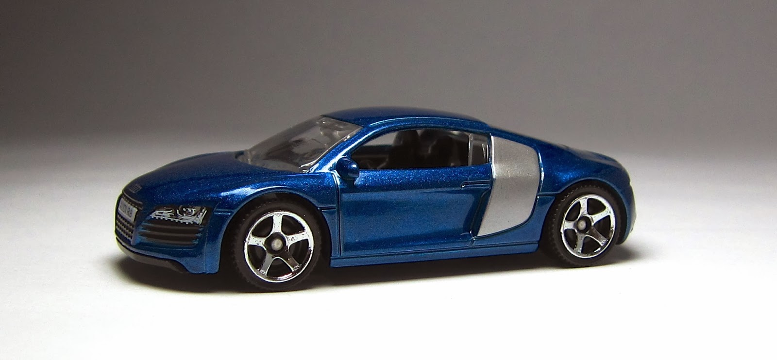 First Look: 2013 Matchbox Audi R8… – theLamleyGroup