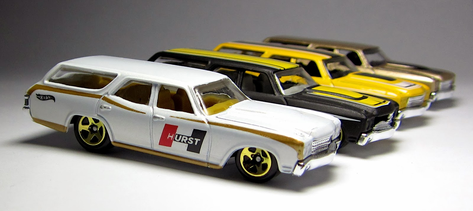 First Look 2014 Hot Wheels Hurst 70 Chevelle SS Wagon  the