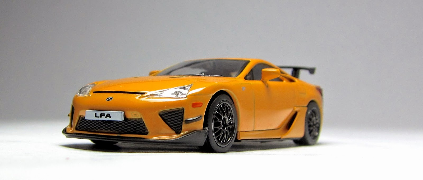 cool is cool is cool the kyosho lexus lfa nurburgring. Black Bedroom Furniture Sets. Home Design Ideas
