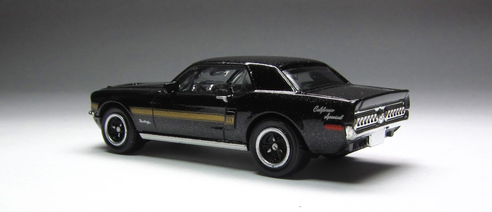 First Look: 2015 Matchbox \'68 Ford Mustang GT/CS in black ...