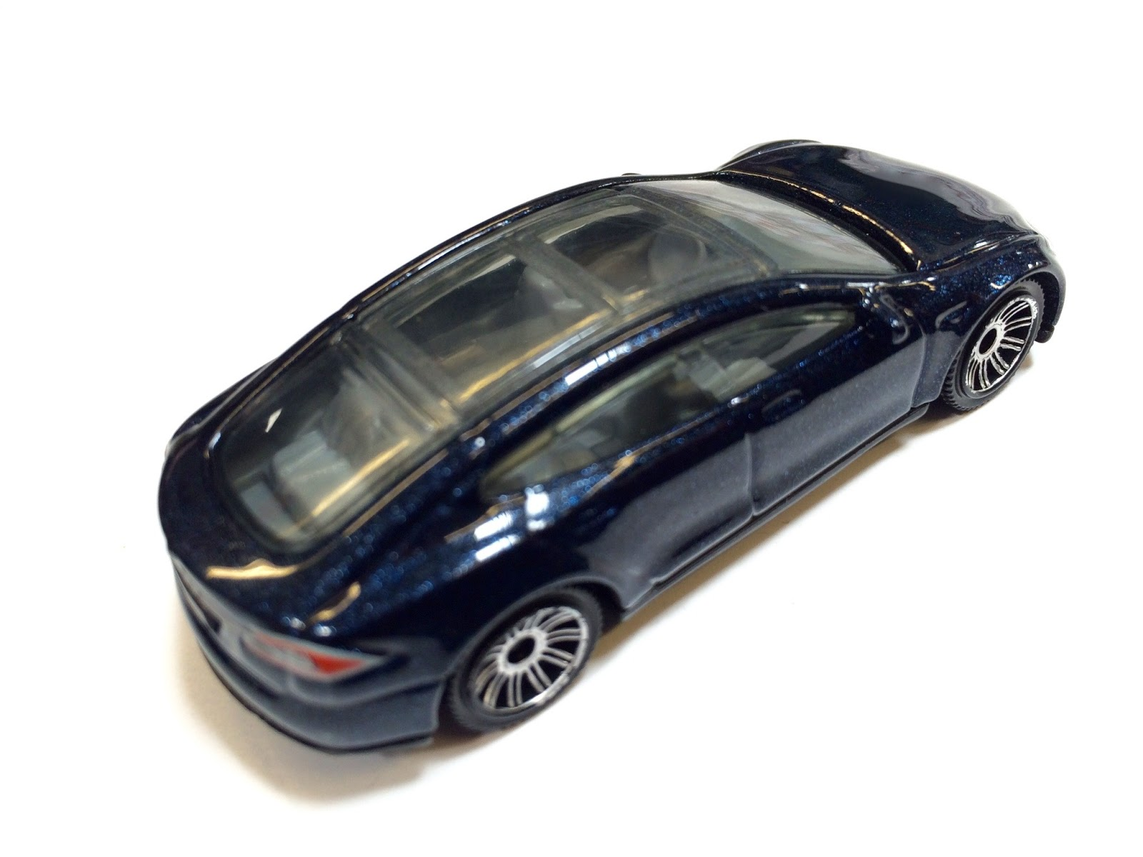 Just Unveiled 2015 Matchbox Tesla Model S recolor in Midnight Blue