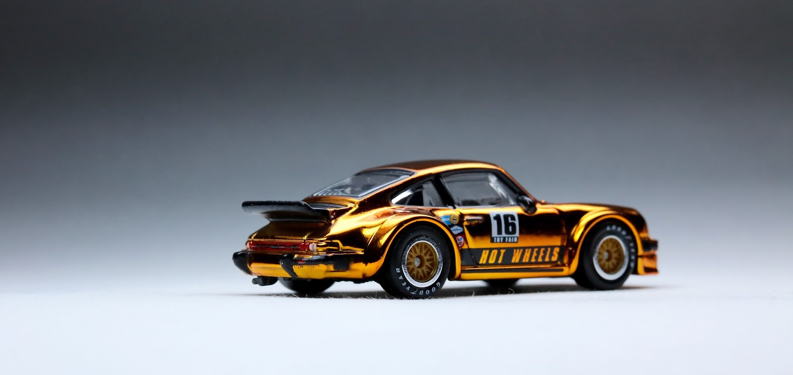the 2016 toy fair porsche 934 turbo rsr the most. Black Bedroom Furniture Sets. Home Design Ideas